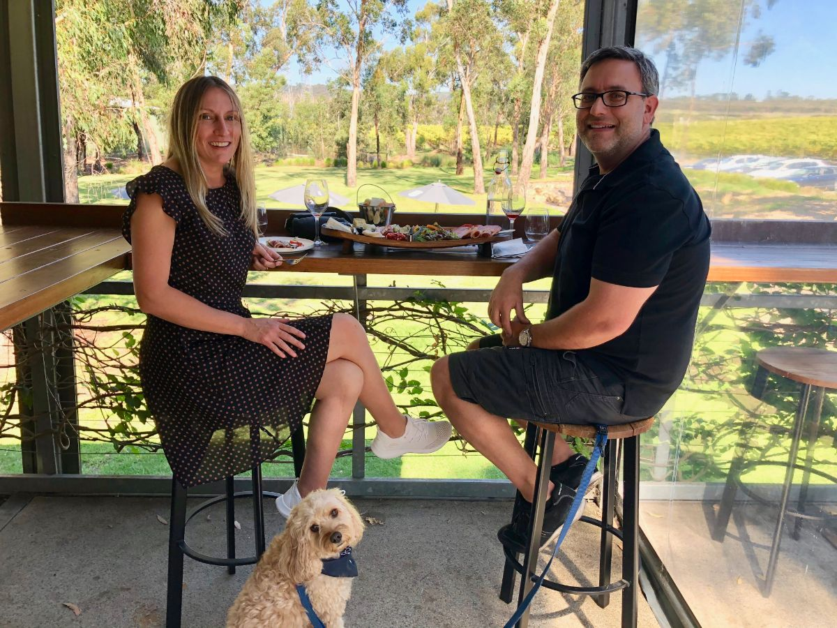 winery lunch on a pooches and pinot wine tour